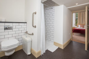 Anne McLaren House bathroom