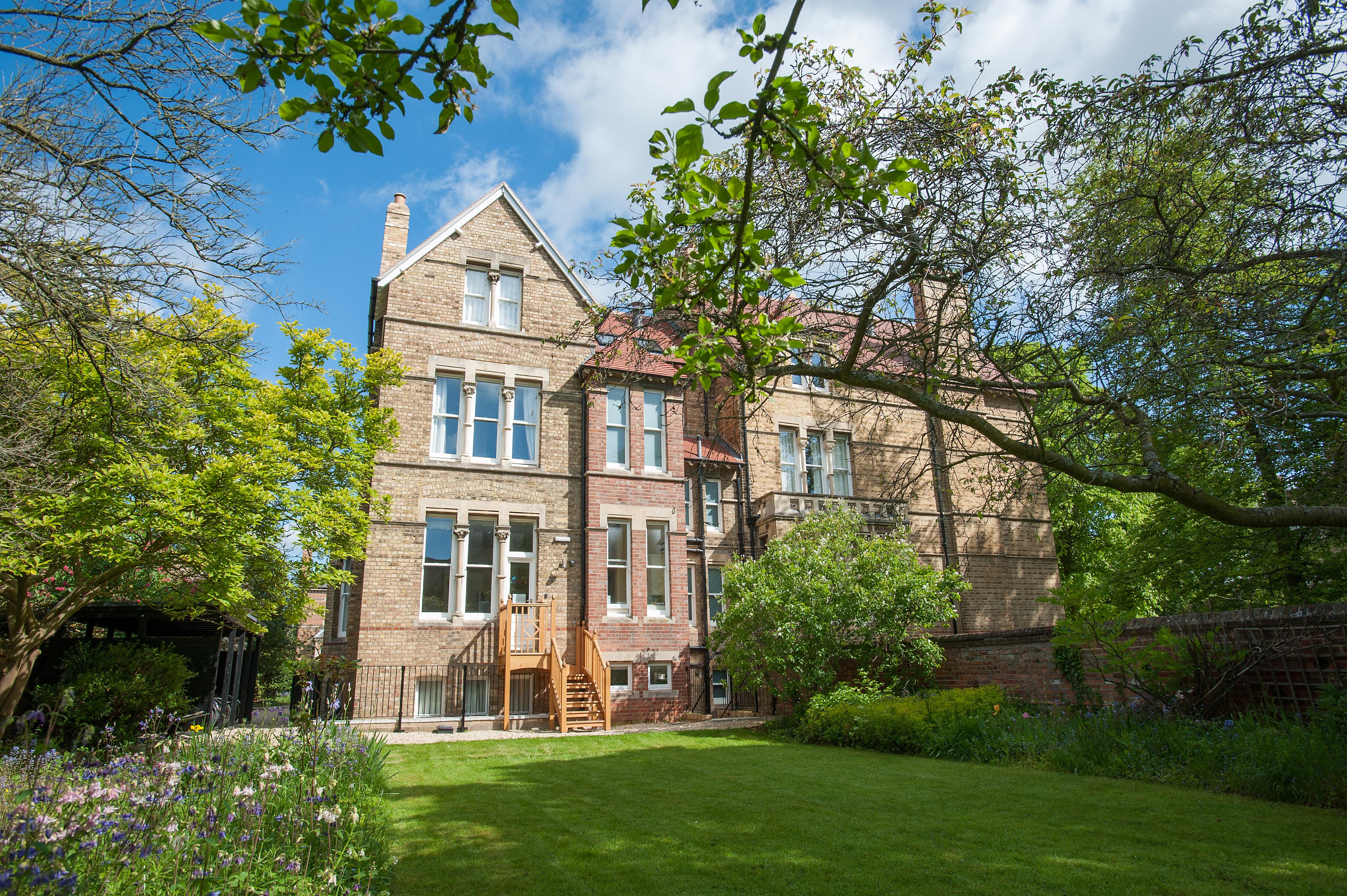 Anne McLaren House